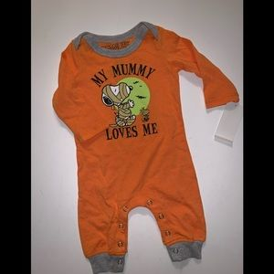 My Mummy Loves Me baby New Born Halloween Onesie